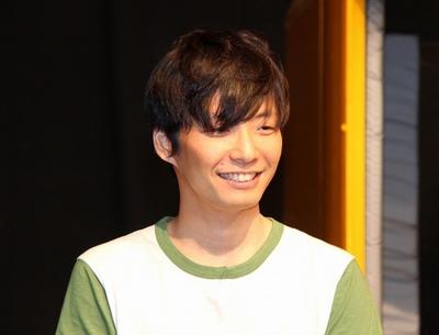 星野源/Gen Hoshino, May 14, 2013 : 「LIFE!」の収録現場で取材に応じた星野源さん=2013年5月14日撮影