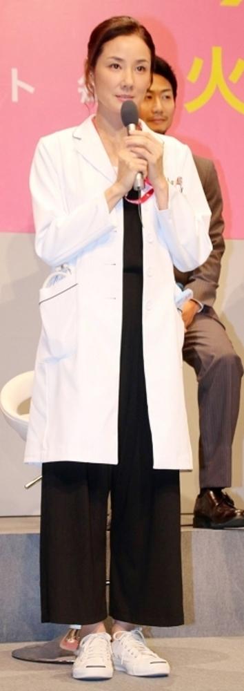吉田羊, Oct 08, 2016 : 東京都内で行われた連続ドラマ「メディカルチーム レディ・ダ・ヴィンチの診断」の制作発表会見