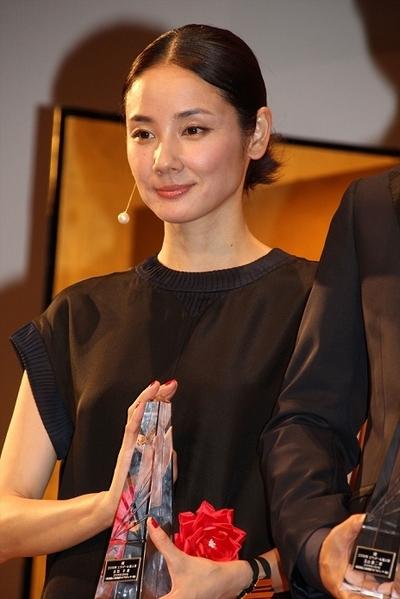 吉田羊/Yo Yoshida, Feb 04, 2016 : 都内ホテルで開催された「第40回エランドール賞」の授賞式