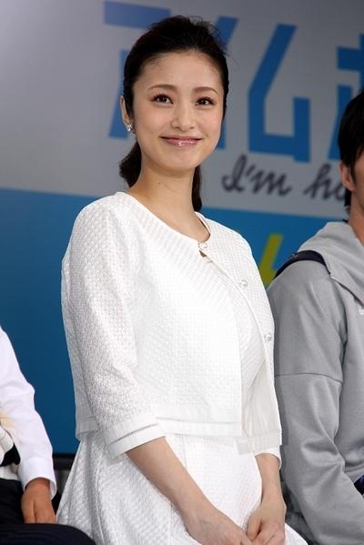上戸彩/Aya Ueto, Apr 06, 2015 : 「アイムホーム」で木村さんの妻役を演じる上戸彩さん=2015年4月6日撮影