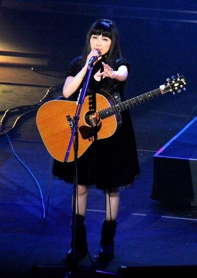 miwa, Feb 22, 2014 : 「第28回日本ゴールドディスク大賞」のプレイベント「GOLD DISC FESTIVAL」=2014年2月22日撮影