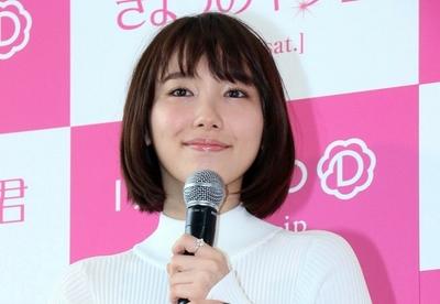 飯豊まりえ, Dec 23, 2016 : 東京都内で行われた映画「きょうのキラ君」のクリスマススペシャルトークショー