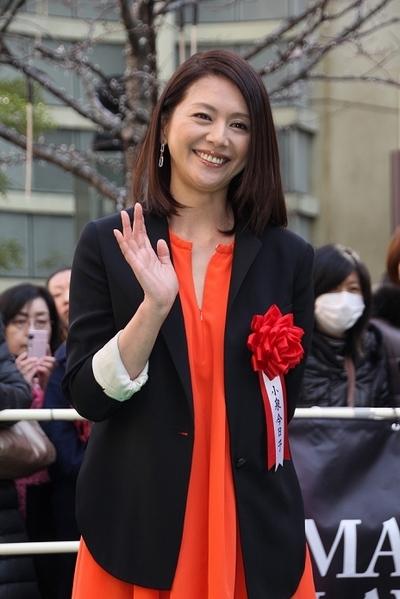 小泉今日子/Koizumi Kyoko, Feb 13, 2012 : 毎日映画コンクール女優主演賞を受賞してグリーンカーペットに登場した小泉今日子さん