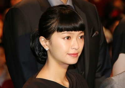 榮倉奈々/Nana Eikura, May 07, 2016 : 東京・TOHOシネマズ 日劇にて開催された映画「64-ロクヨン-」の初日舞台あいさつ