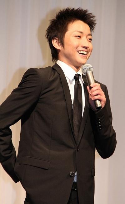 藤原竜也/Tatsuya Fujiwara, May 31, 2013 : 結婚会見で語る藤原竜也さん=2013年5月31日撮影