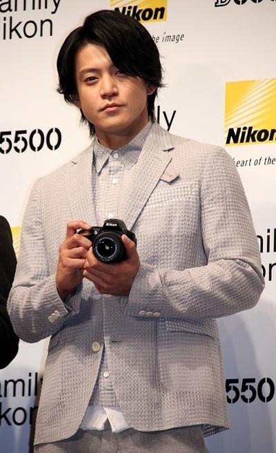 小栗旬/Shun Oguri, Jan 14, 2015 : ニコンのプレスイベントに登場した小栗旬さん=2015年1月14日撮影
