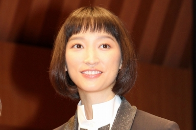 杏, Oct 26, 2016 : 東京・浜離宮朝日ホールにて行われた映画「オケ老人!」のプレミア試写会