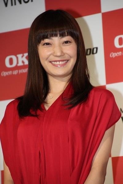 菅野美穂/Miho Kanno, May 22, 2013 : OKIデータの新CM発表会に登場した菅野美穂さん=2013年5月22日撮影