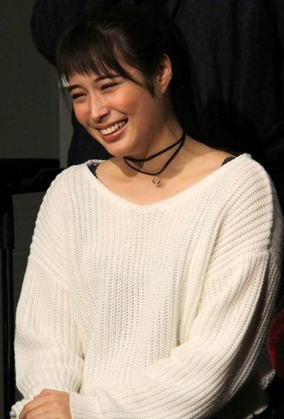 広瀬アリス, Jan 10, 2017 : 東京・Bunkamura シアターコクーンにて開催された舞台「世界」の会見
