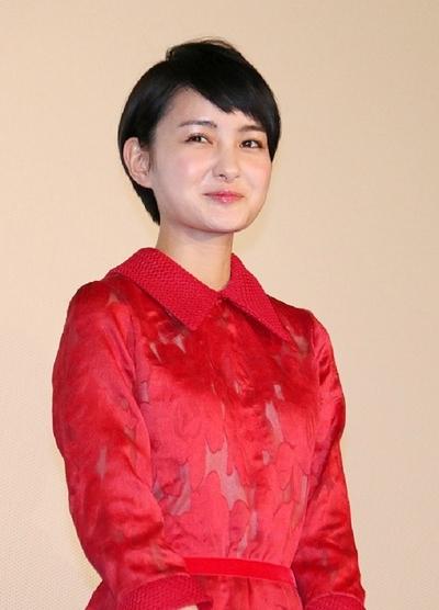 葵わかな, Feb 11, 2017 : 東京・TOHOシネマズ 六本木ヒルズにて開催された映画「サバイバルファミリー」の初日舞台あいさつ