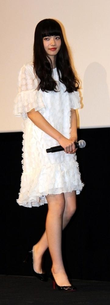小松菜奈/Nana Komatsu, Jun 28, 2014 : 映画「渇き。」(中島哲也監督)公開記念舞台あいさつに登場した小松菜奈さん=2014年6月28日撮影