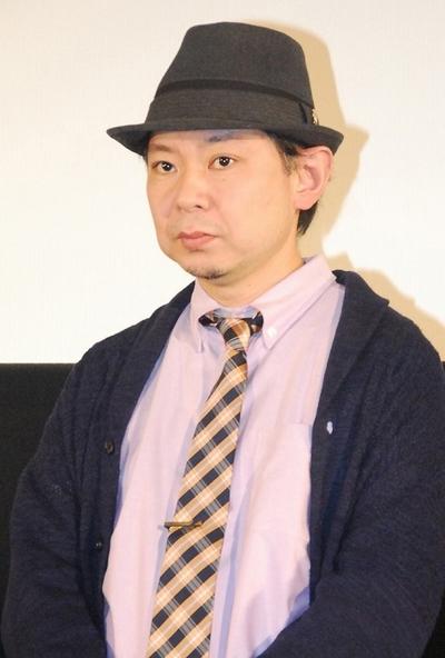 鈴木おさむ/Osamu Suzuki, Feb 18, 2013 : 映画「ボクたちの交換日記」完成披露舞台あいさつに登場した鈴木おさむさん=2013年2月18日撮影