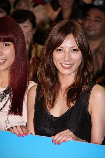 加藤あい/Ai Kato, Jul 14, 2012 : 映画「BRAVE HEARTS 海猿」の公開記念舞台あいさつ=2012年7月14日撮影