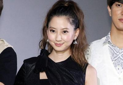 河北麻友子, Jun 11, 2016 : 東京・シネマート新宿にて行われた映画「白鳥麗子でございます! THE MOVIE」の初日舞台あいさつ