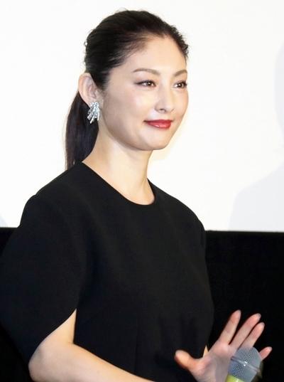 常盤貴子, Sep 10, 2016 : 東京・有楽町スバル座で行われた映画「だれかの木琴」初日舞台あいさつ