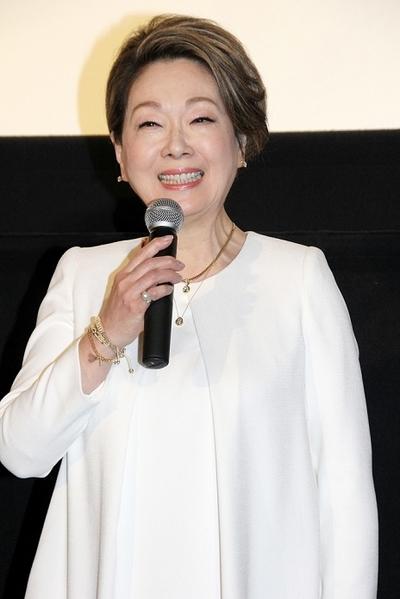 由紀さおり/Saori Yuki, Jan 20, 2016 : 東京・新宿ピカデリーにて開催された「ローカル路線バス乗り継ぎの旅 THE MOVIE」の完成披露舞台挨拶
