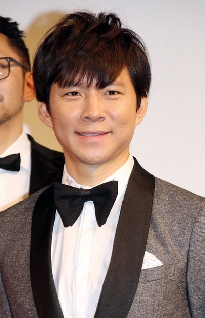 渡部建(アンジャッシュ), Jan 25, 2017 : 東京都内で行われた「The Tabelog Award 2017」授賞式