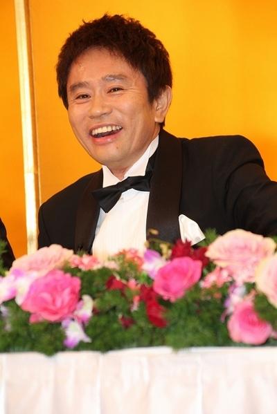 浜田雅功/Masatoshi Hamada(ダウンタウン/Down Town), Dec 04, 2013 : 大みそか特別番組「絶対に笑ってはいけない地球防衛軍24時!」の記者会見=2013年12月4日撮影