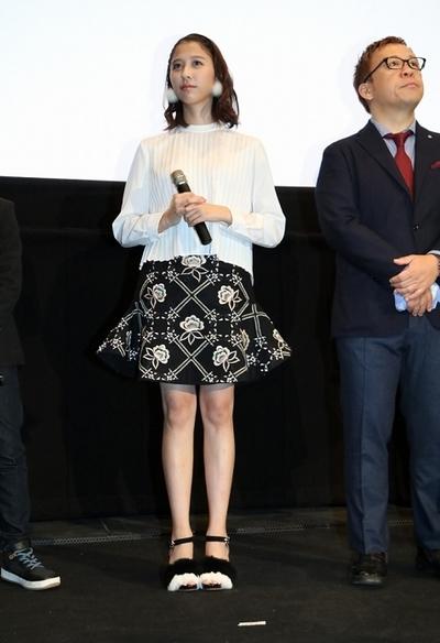 玉井詩織(ももいろクローバーZ), Oct 22, 2016 : 東京・新宿バルト9にて行われた映画「アニバーサリー」初日舞台あいさつ
