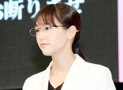 桐谷美玲, Apr 10, 2017 : 「『人は見た目が100パーセント』スタート直前イベント」=2017年4月10日撮影