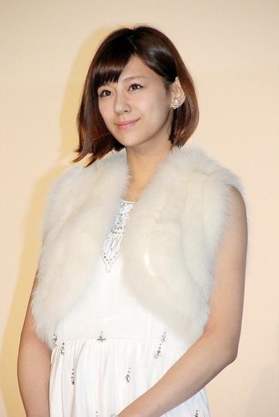 西内まりや/Mariya Nishiuchi, Dec 03, 2015 : 映画「レインツリーの国」の大ヒット舞台あいさつに登場した西内まりやさん