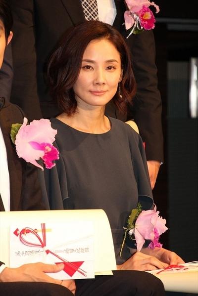 吉田羊/Yo Yoshida, May 10, 2016 : 東京都内で行われた第24回橋田賞の授賞式