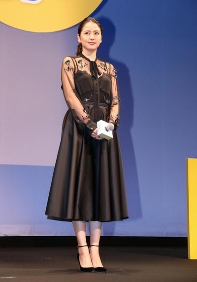 長澤まさみ, Aug 29, 2016 : 東京・イイノホールにて行われた映画「グッドモーニングショー」の完成披露試写会
