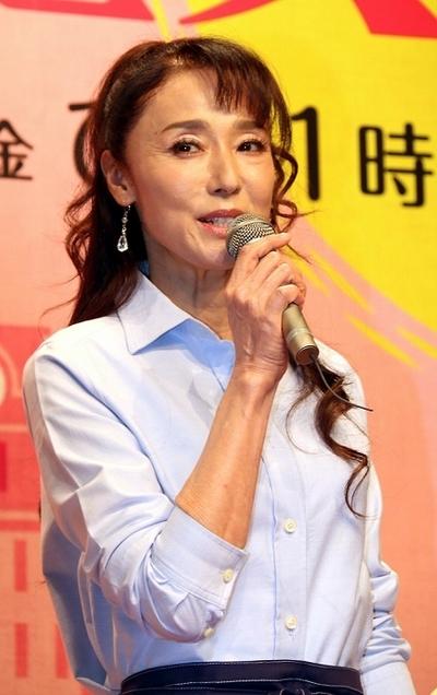 浅野ゆう子/Yuko Asano, Aug 26, 2014 : 昼ドラ「ほっとけない魔女たち」の制作発表会見=2014年8月26日撮影