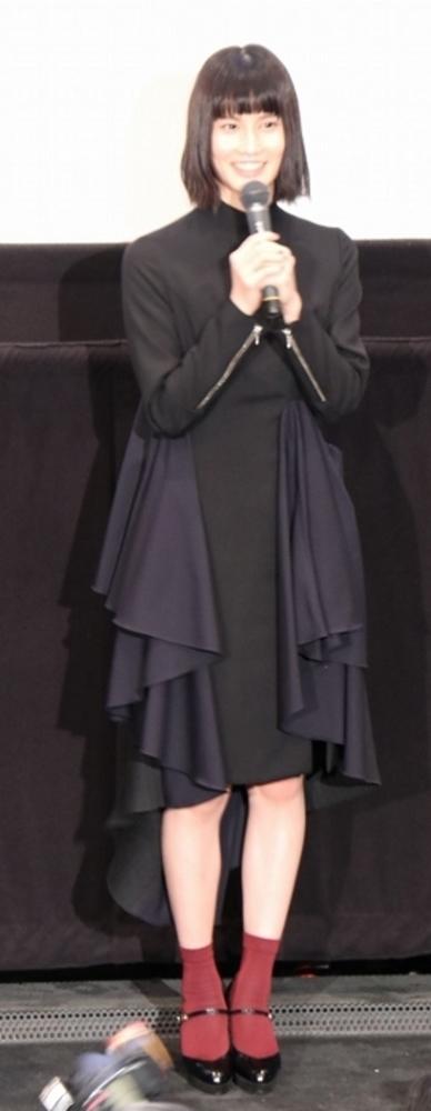 橋本愛, Oct 30, 2016 : 東京都内で行われた映画「バースデーカード」大ヒット御礼舞台あいさつ