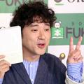 ムロツヨシ、マンガアプリ『ピッコマ』CM撮影で女子に「セクハラじゃないよね?」
