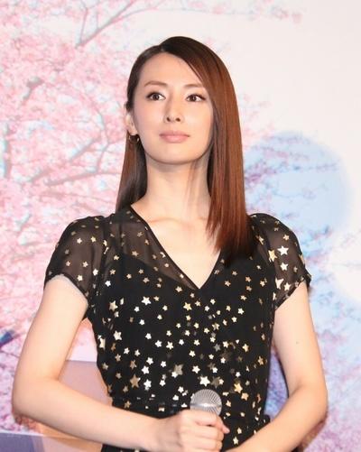 北川景子, Jul 06, 2017 : 映画「君の膵臓をたべたい」の完成披露舞台あいさつ=2017年7月6日撮影