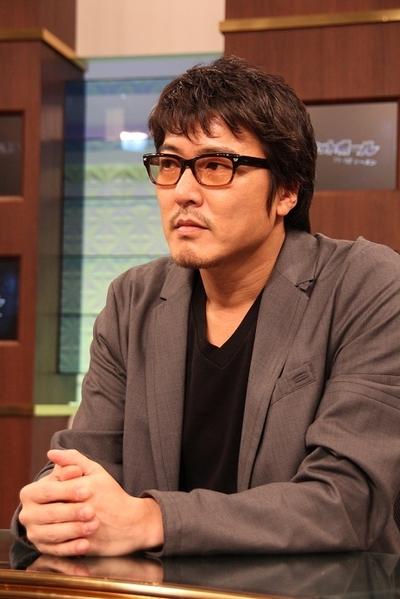 豊原功補/Kosuke Toyohara, May 29, 2012 :  : NBAプレーオフで初解説に挑戦 注目選手は「ありえないヒゲのハーデン」=2012年5月29日撮影