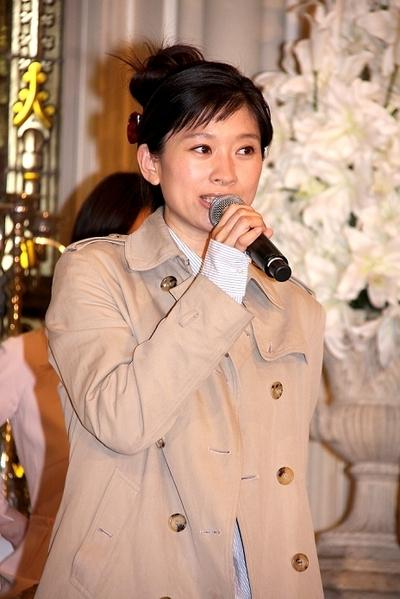 篠原涼子/Ryoko Shinohara, Apr 04, 2013 : ドラマ「ラスト・シンデレラ」(フジテレビ系)の会見=2013年4月4日撮影