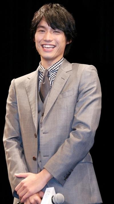 福士蒼汰,  Nov 23, 2016 : 東京・イイノホールにて行われた映画「ぼくは明日、昨日のきみとデートする」完成披露舞台あいさつ
