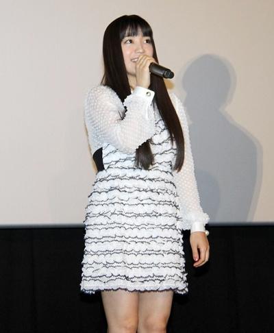 miwa, Feb 12, 2017 : 東京・TOHOシネマズ 新宿で行われた映画「君と100回目の恋」の大ヒット舞台あいさつ