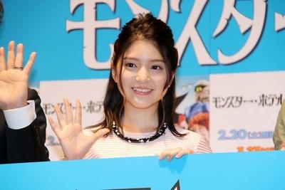 川島海荷/Umika Kawashima, Feb 20, 2016 : 都内で行われたアニメ映画『モンスター・ホテル2』初日舞台あいさつ