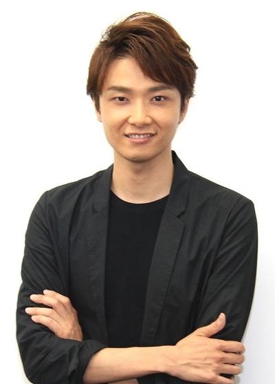 井上芳雄, Jun 10, 2016 : 舞台「エリザベート」について取材に応じた出演者