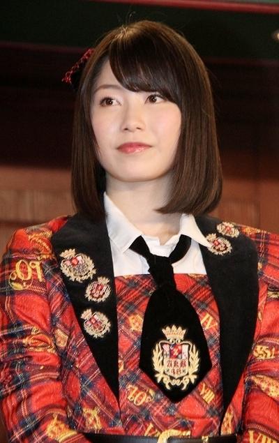 横山由依/Yui Yokoyama(AKB48), Dec 28, 2015 : プロジェクト「繋げ! AKB48劇場の魂を! NGT48今村の東京→新潟 日本縦断354km行脚!」の会見に登場したAKB48の横山由依さん