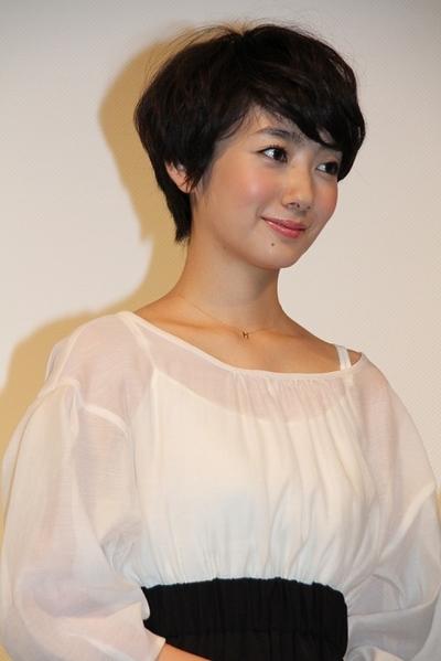 波瑠/Haru, Sep 25, 2012 : 「みなさん、さようなら」(中村義洋監督)の完成披露試写会=2012年9月25日撮影