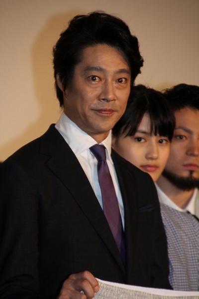 堤真一/Shinichi Tsutsumi, Jun 15, 2013 : 「俺はまだ本気出してないだけ」(福田雄一監督)の初日舞台あいさつに登場した堤真一さん=2013年6月15日撮影