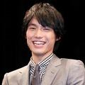 福士蒼汰号泣!映画『ぼくは明日、昨日のきみとデートする』で小松菜奈と儚き運命の恋