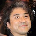 【CM】ムロツヨシが石田ゆり子と混浴?肌年齢が意外すぎ!歴代CMまとめ